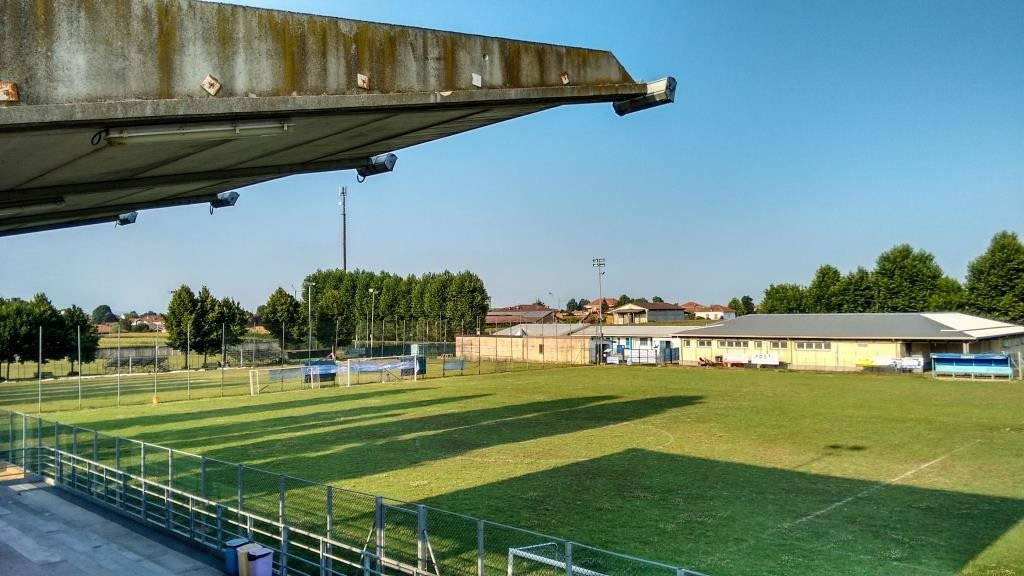 Campo di calcio a 11 a Poirino